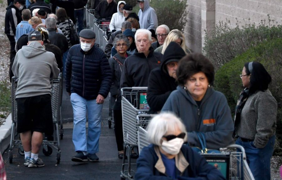 Shoppers in Las Vegas form a line around a Smith